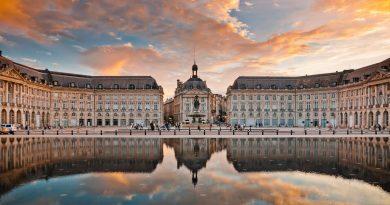 5 villes à visiter pour découvrir la gastronomie française - Place de la Bourse